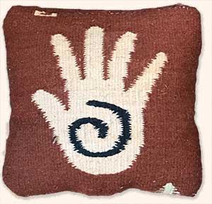 hand-pillow-sm